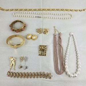 Lot of vintage costume jewelry Avon Sandor Alexis